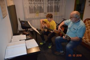 Nauka gry na gitarze Szkoła Września 2019 12