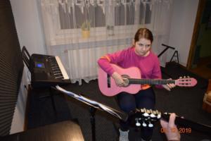 Nauka gry na gitarze Szkoła Września 2019 4