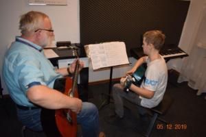 Nauka gry na gitarze Szkoła Września 2019 7