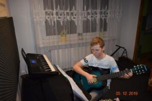 Nauka gry na gitarze Szkoła Września 2019 8