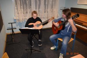 Nauka gry na gitarze Szkoła Muzyczna Września 2019 14