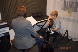 Lekcje gry na gitarze XI 2019 Szkoła Muzyczna Effect we Wrześni 22