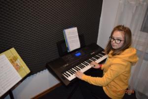 Nauka gry na keyboardzie Szkoła Muzyczna Effect we Wrześni 2019 1