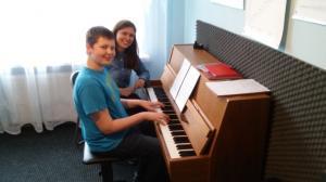 Lekcje gry na fortepianie Szkoła Muzyczna Effect Września 03