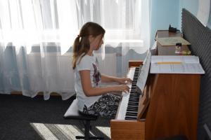 Lekcje gry na fortepianie Szkoła Muzyczna Effect Września 11