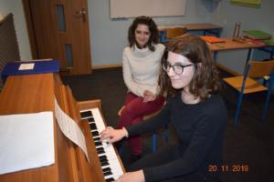 Nauka gry na pianinie Szkoła Muzyczna Effect we Wrześni 201904