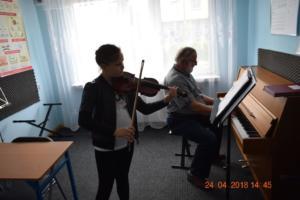 Lekcje gry na skrzypcach Szkoła Muzyczna Effect we Wrześni 02