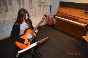 Nauka gry na gitarze Szkoła Muzyczna Września 2019 03