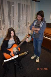 Nauka gry na gitarze Szkoła Muzyczna Września 2019 04