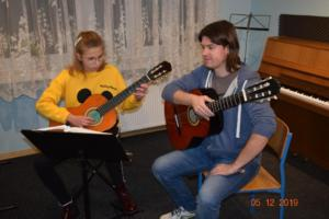Nauka gry na gitarze Szkoła Muzyczna Września 2019 11