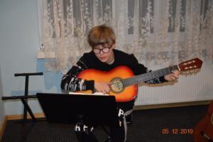 Nauka gry na gitarze Szkoła Muzyczna Września 2019 17