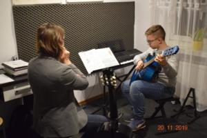 Lekcje gry na gitarze XI 2019 Szkoła Muzyczna Effect we Wrześni 10