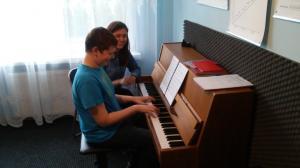Lekcje gry na fortepianie Szkoła Muzyczna Effect Września 02