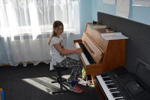 Lekcje gry na fortepianie Szkoła Muzyczna Effect Września 10