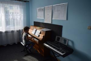 Lekcje gry na fortepianie Szkoła Muzyczna Effect Września 18