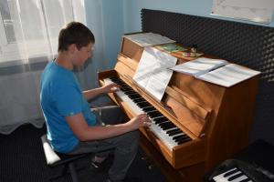 Lekcje gry na fortepianie Szkoła Muzyczna Effect Września 21