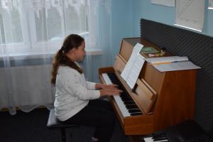 Lekcje gry na fortepianie Szkoła Muzyczna Effect Września 31