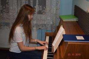 Nauka gry na pianinie Szkoła Muzyczna Effect we Wrześni 201907