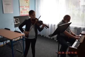 Lekcje gry na skrzypcach Szkoła Muzyczna Effect we Wrześni 05