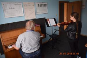 Lekcje gry na skrzypcach Szkoła Muzyczna Effect we Wrześni 09